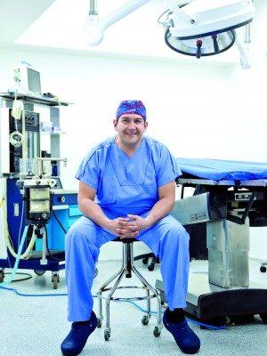 Dr Andres Gómez
